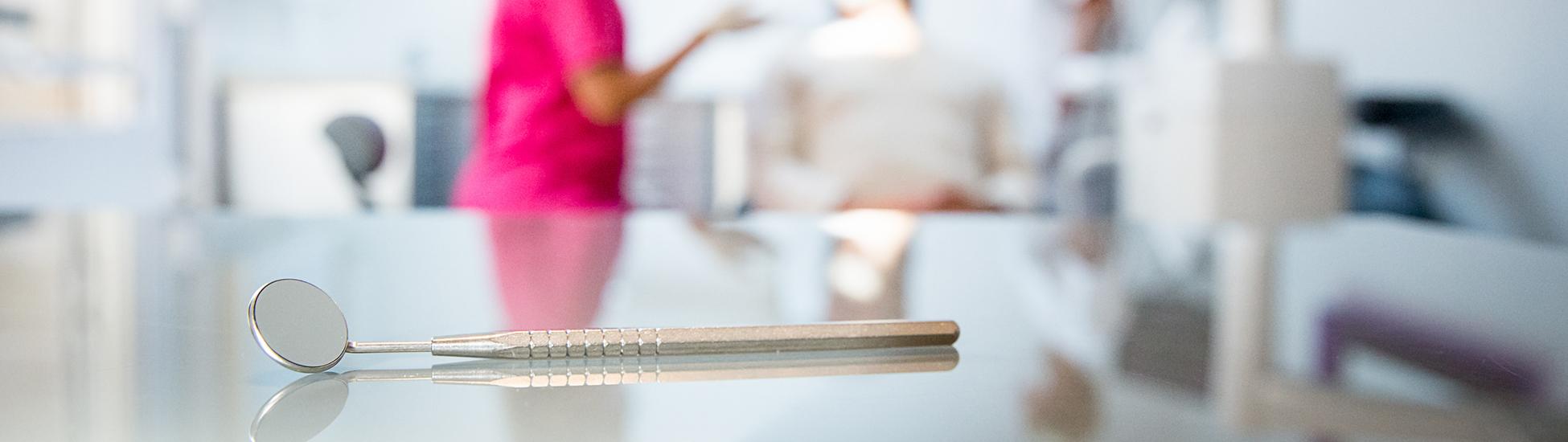 dr virginie h ry esth tique parodontie paris 16 me. Black Bedroom Furniture Sets. Home Design Ideas